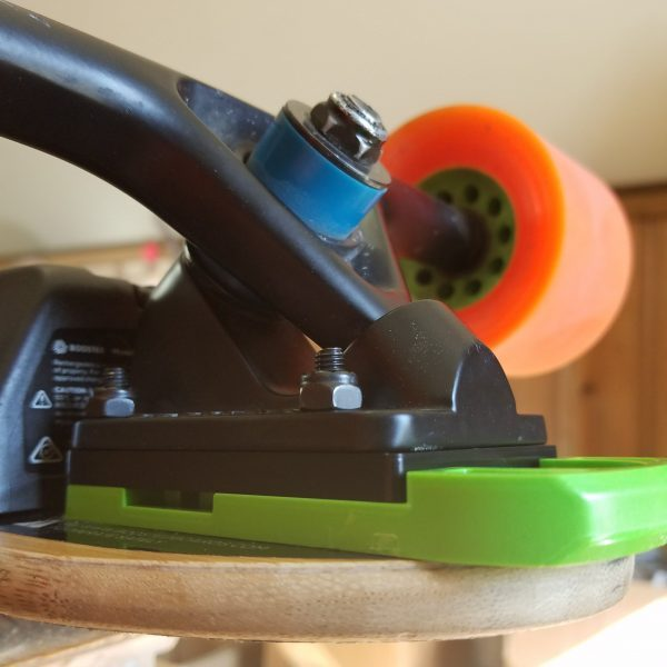 Extended Riser for Boosted Boards Make your Boostedboard Stealth or Plus's ride even nicer with the Extended Riser made by Flatland3D. The Extended Riser is a simple riser that you can stack together with your Flatland3D Bash Guard for a taller ride hight.  We recommend riders that are tall or over 80kg to get some extra ground clearance with the Extended Riser.