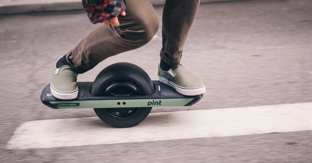 Onewheel Pint is the new affordable and easier ride in a smaller package Future Motion has just revealed their latest addition to the Onewheel product line. Introducing the Onewheel Pint: affordable, smaller and gentler to ride on for beginners.