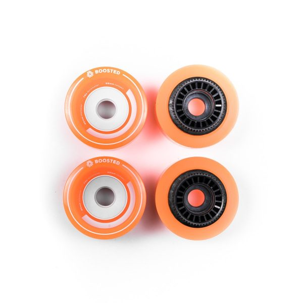 Boosted Stratus full set of 4 wheels 85mm - Orange The classics! Sometimes bigger is better. Boosted Stealth comes stock with new, custom-designed Stratus wheels. They spent countless hours studying different core geometries and flex profiles to design a wheel with the right combination of grip, flex, and rebound. At 85mm, these wheels deliver the highest roll speed of any Boosted board to date. The Boosted Stratus wheels 85mm - Orange fit the Boosted Boards Stealth and Boosted Boards Plus.
