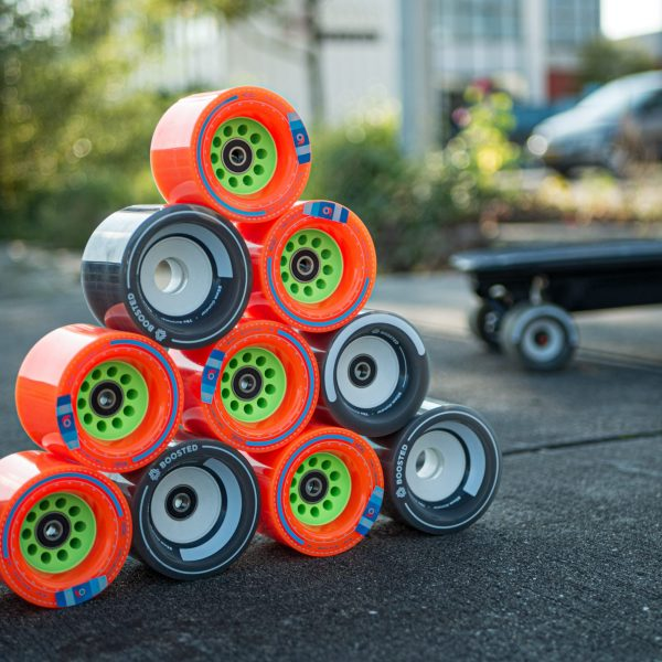 Boosted Board Wheels Boosted Boards spent countless hours studying different core geometries and flex profiles to design a wheel with the right combination of grip, flex, and rebound. With 85mm and 80mm options, these wheels deliver the highest roll speed of any Boosted board to date. Ride like the wind.